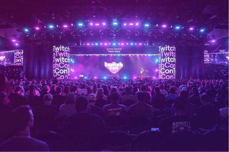 Blick auf das Glitch Theater der TwitchCon
